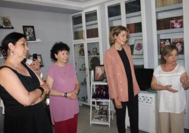 """სსიპ """"კულტურის, სპორტის და ახალგაზრდულ საქმეთა სააგენტოს"""" დირექტორი ლიკა კვარაცხელია ქართულ-აფხაზური საგას წამომადგენლებს შეხვდა"""